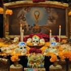 Ofrenda de día de muertos o altar de muertos